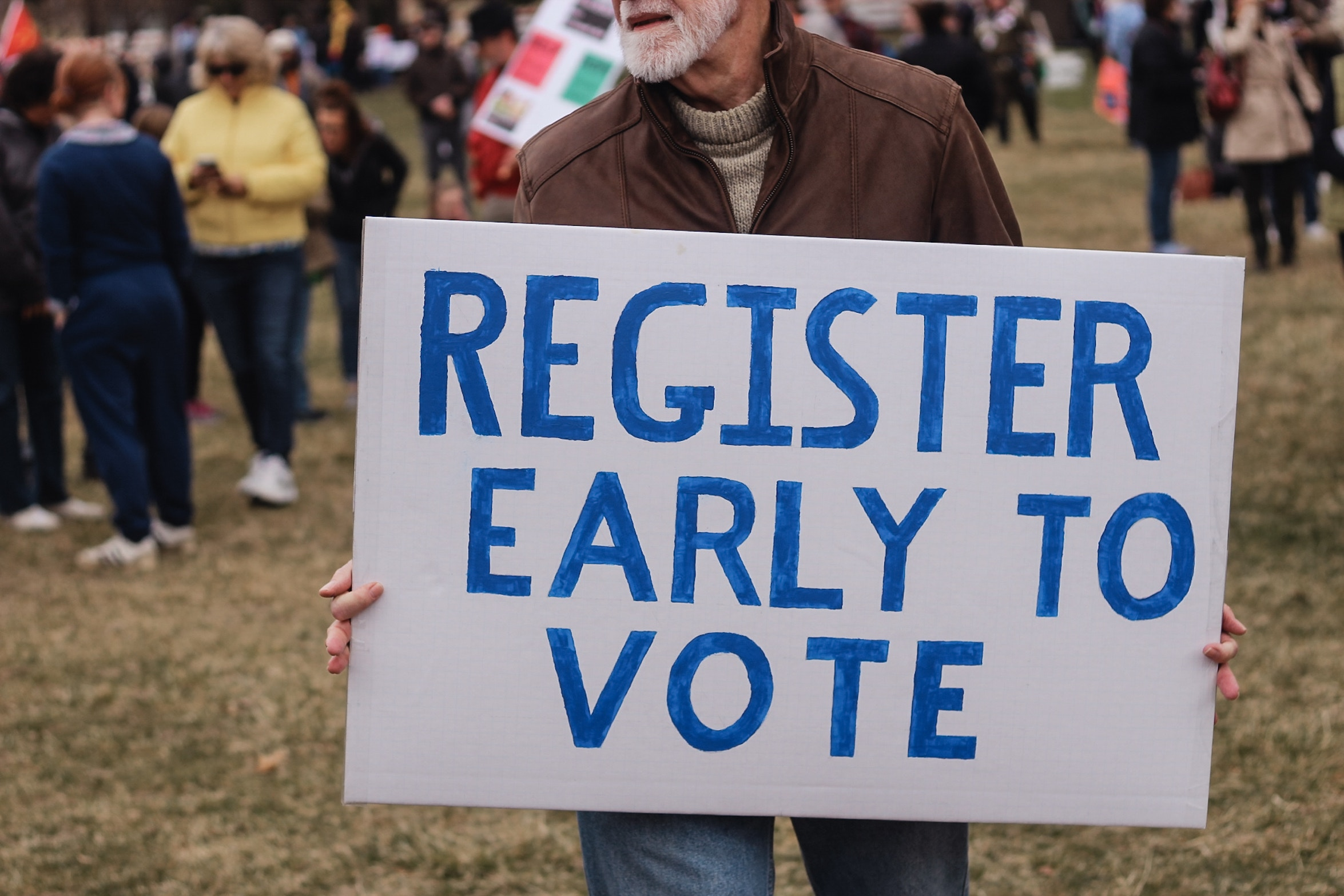 Voting from Abroad and the Challenge of Staying Engaged