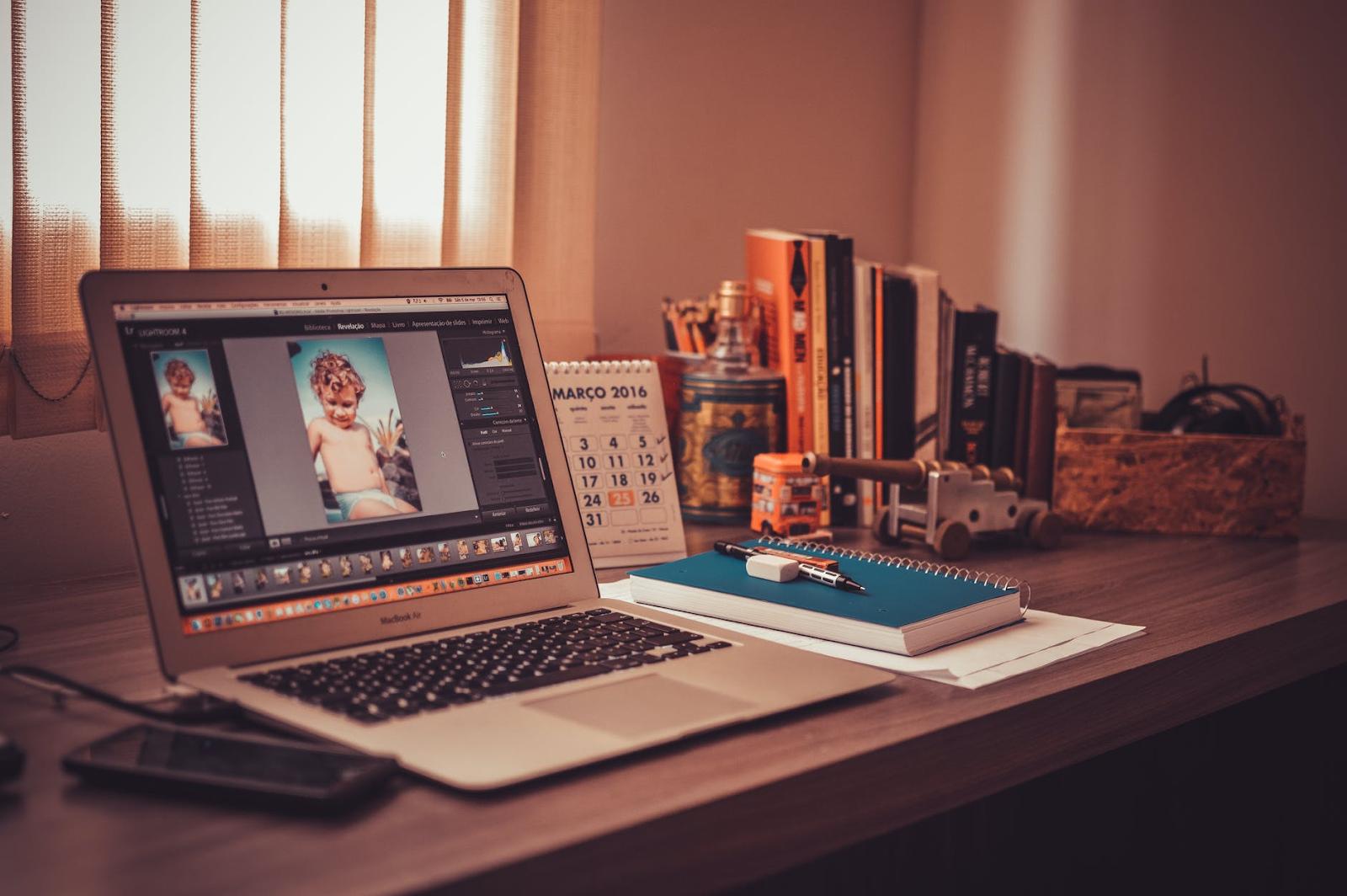 5 Tips To Get Through Online Classes, For My Fellow Procrastinators