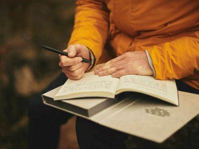 Essai-ing the Essay