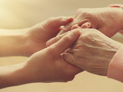 Transcending Generations in Friendship