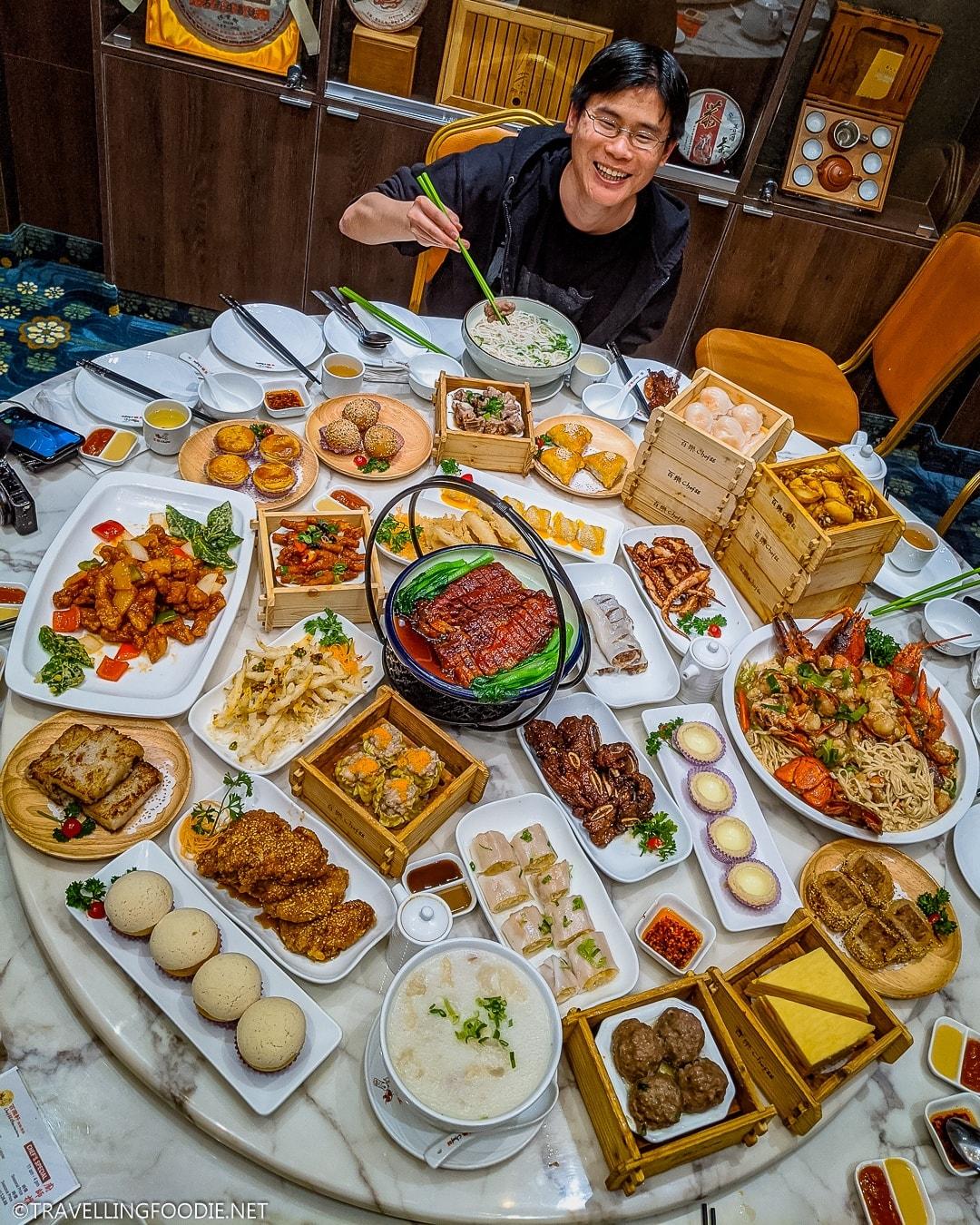 Travelling Foodie Raymond Cua enjoying a dim sum feast at Chef 88 Elite in Markham