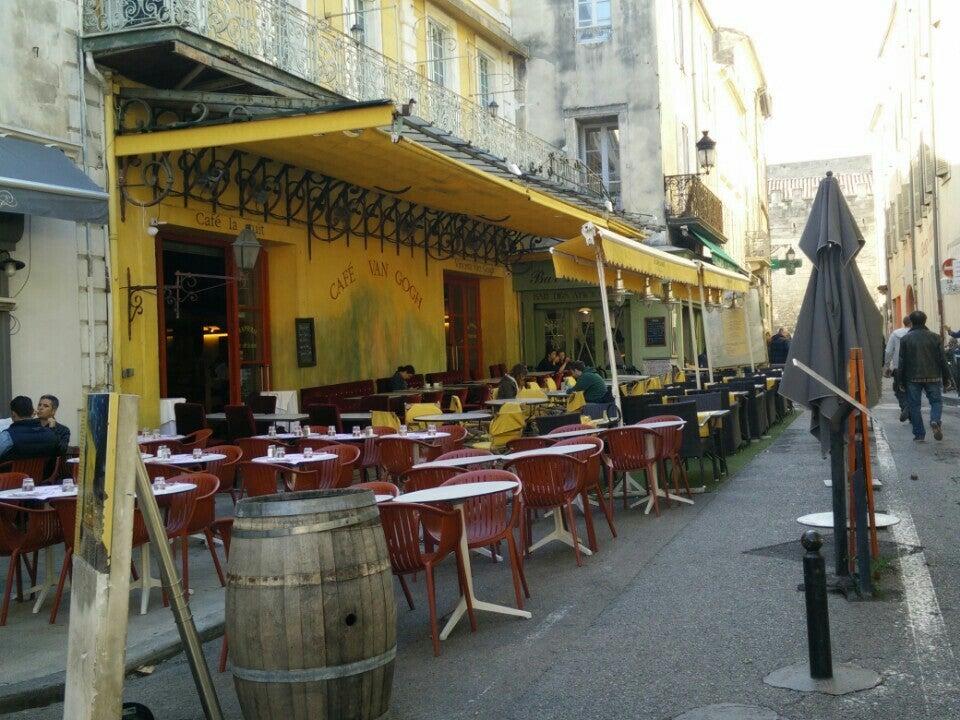 Van Gogh Café (Café La Nuit)